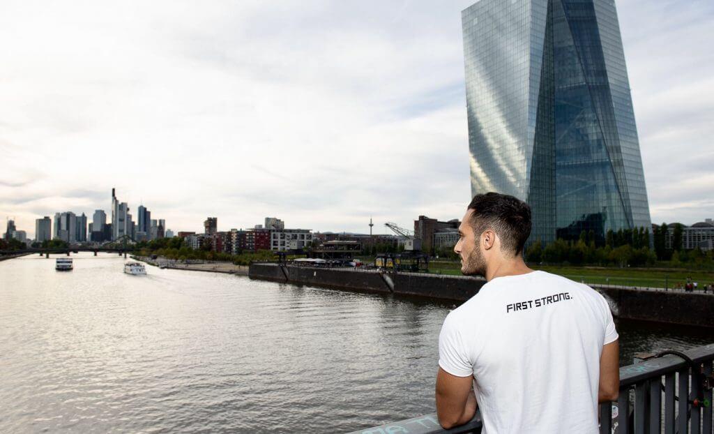 Meine Tätigkeit als Personal Trainer in Frankfurt unterstützt ein aktives Leben.